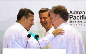 Con mis homólogos de Perú y Colombia