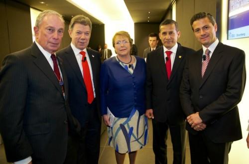 Presidentes de Colombia, Chile, Perú y México, con Michael Bloomberg