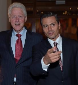 Con el ex presidente Clinton