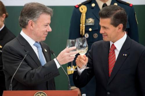 Brindis por Colombia y México