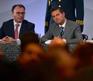 Con el Secretario de Hacienda